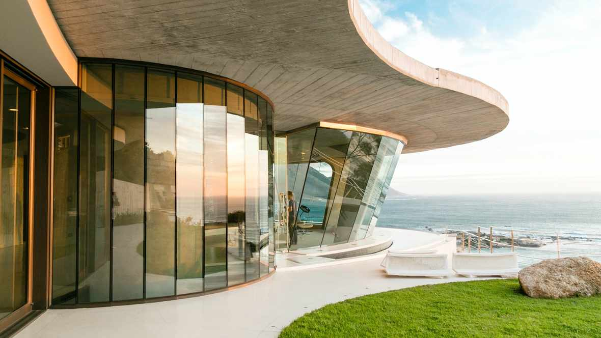 Picture: Iron man house in Camps Bay, Cape Town, Unsplash