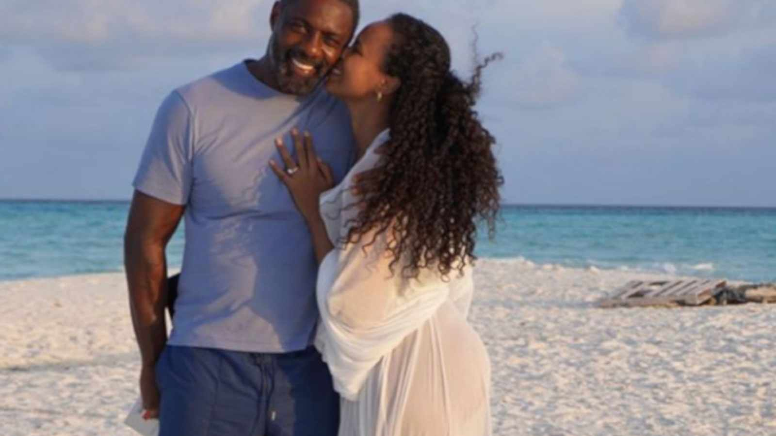 Inside the Luxurious Maldives Villa Where Idris Elba Spent the Holidays