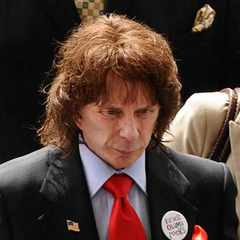 Music producer Phil Spector dies of coronavirus complications