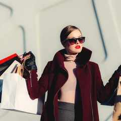 The 5 savvy shopping tips every GLAMOUR Girl needs to know