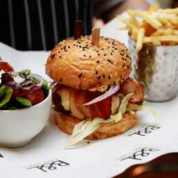 The Best Burgers on Bree