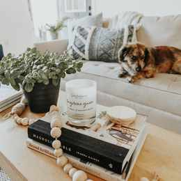 10 CLEVER WAYS TO STYLE YOUR COFFEE TABLE