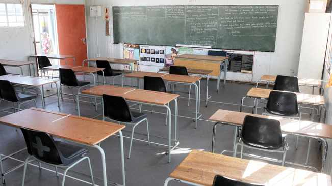 Over 300 Western Cape schools closed over Covid-19 infections