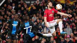 Man United and Wolves cruise into Europa League last 16