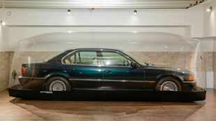 This 'brand new' 1998 BMW 740i lives in an air bubble, and it's for sale