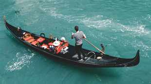 Venice gondolier: 'I have worked 3-4 days in the last 6-7 months'