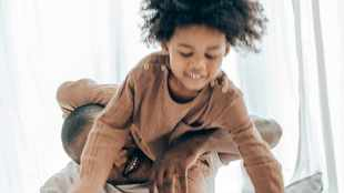 How rough and tumble games with dad help children behave