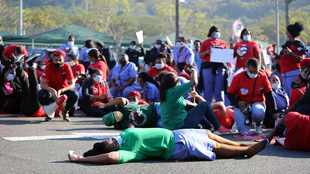 PICS & VIDEO: Durban hospital staff take to the streets to have their concerns heard