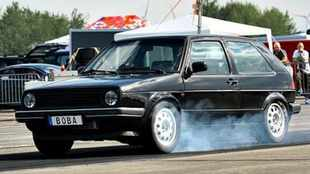 Watch world's hottest hatch run 8.47s quarter-mile!