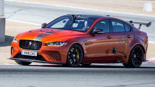 Watch Jaguar Project 8 muscle-car blitz Laguna Seca