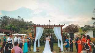 How to make the most of a smaller wedding