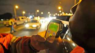 Traffic officers to be extra strict with drunk drivers this festive season