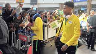 Bongani Zungu's future uncertain after contract with agent expires
