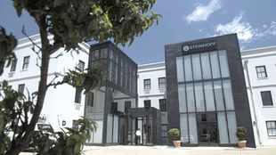Steinhoff's six months' loss deepens to double and hits more than 1.5 billion
