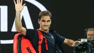 Roger Federer to miss rest of season after second knee surgery