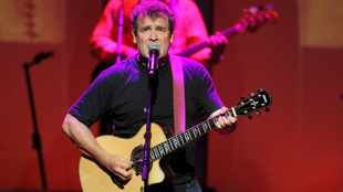 #RIPJohnnyClegg: SA sheds a collective tear for one of its biggest music icons