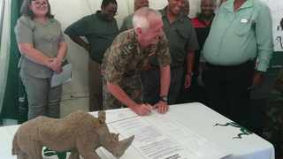 SanPark employees together with unions signed a pledge on Thursday at the Kruger National Park committing themselves not to be involved in poaching. PHOTO: Brenda Masilela/ANA
