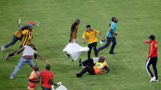 After the final whistle of the Nedbank Cup semi-final between hosts Kaizer Chiefs and Free State Stars, hundreds of fans invaded the pitch.  File picture: ANA/Motshwari Mofokeng