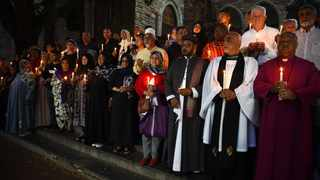 People gather on the steps of St George's Cathedral for 50 minutes to and light candle remembering those killed in the bloody New Zealand Mosque attack. Picture: Phando Jikelo/African News Agency(ANA)