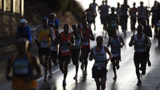 Runners participate in the 50th Old Mutual Two Oceans Marathon  in Cape Town. A male runner has died while taking part in this year's race, organisers confirmed. Photo: Phando/Jikelo/African News Agency(ANA)