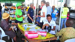 Mobile Clinics have been introduced by City of Tshwane at Mabopane taxi rank for taxi drivers to get help nearby. Picture: Bongani Shilubane/African News Agency (ANA)
