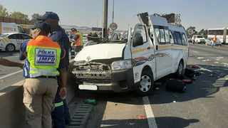 Nine people died when a taxi veered out of control and crashed into a lamppost on the centre median of the N1 near the Buccleuch interchange in Midrand. Picture: ER24