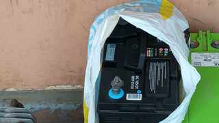 10 have been arrested by police detectives in Hankey, west of Port Elizabeth, in the Eastern Cape, and stolen cellphone tower batteries and equipment worth more than R100 000 has been recovered. Photo: SAPS