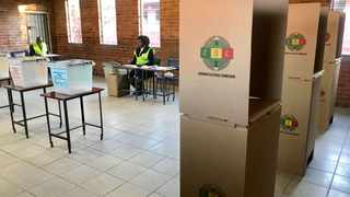 ANA FILE -- Zimbwabwe polling agencies at Zengeza 3 high school in Zengeza outside Harare, going through the procedure of the day where the country is preparing to cast their vote.  FILE PHOTO: Matthews Baloyi/Africa News Agency (ANA)