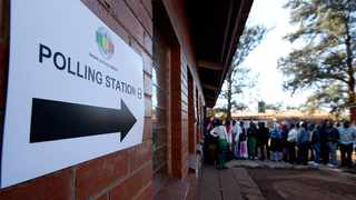 30/07/2018:Zimbabwe,Harare.The community of Kuwadzana 2 primary in Harare came out in numbers cast their vote. A sign on the wall points to where voters need to cast their votes.132Picture: Matthews Baloyi/African News Agency (ANA)