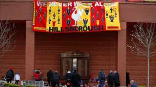 Liverpool won the last of their 18th national titles in the 1989-90 season, but the decline of an ageing team had already started in the wake of the Hillsborough disaster. Photo: Phil Noble/Reuters