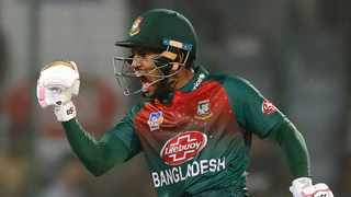 The cricketers created a fund of 3 million takas (35,400 dollars) to be donated to the government to treat the Civid-19 patients, Mushfiqur Rahim, Bangladesh's former captain, said on Wednesday. Photo: AP Photo/Manish Swarup