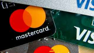75 percent of South African consumers say they are now using contactless payments, citing safety and cleanliness as key drivers according to Mastercard.  Photo: (AP Photo/Keith Srakocic, File)