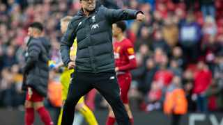 "London, March 27 (IANS) Liverpool manager Jurgen Klopp has revealed that he started crying immediately after he saw a video footage of people singing ""You'll Never Walk Alone"", the club's theme song, to medical staff in a hospital with patients being treated during the coronavirus pandemic."