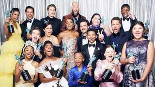 """""""This Is Us"""" cast. Picture: Dan Fogelman/Twitter"""