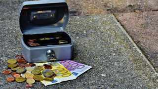 Twitter users share their favourite money-saving tips. Picture: Pexels.