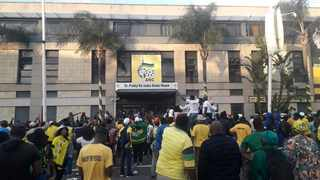 Supporters of Durban mayor Zandile Gumede confront police outside the ANC provincial headquarters in the city. Picture: African News Agency (ANA)