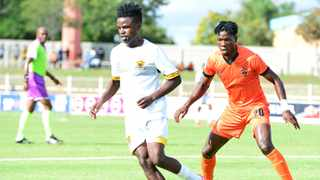 Usuthu have approached Leopards about the possibility of striking a deal with Lesedi Kapinga (left)l, according to a source. Photo: Kabelo Leputu/BackpagePix