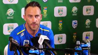 England captain Joe Root and his South African counterpart Faf du Plessis have both backed five-day tests, despite their cricket boards advocating for four-day games to be played in the future. Photo: Ryan Wilkisky/BackpagePix