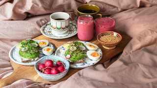Don't go for just your standard cup of coffee and card, this year go all out with a gourmet breakfast in bed. Picture: Pinterest.