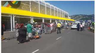 Long queues were seen outside the Makro in Springfield Park in Durban on Tuesday as people flocked to stock up ahead of the lockdown. Picutre: Leon Lestrade / African News Agency(ANA) Archives