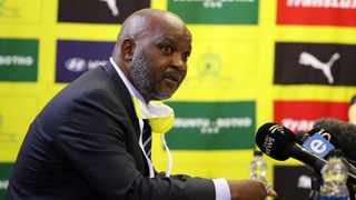 Mamelodi Sundowns coach Pitso Mosimane declined a handful of offers before extending his stay with the Brazilians by four years. Photo: Muzi Ntombela/BackpagePix