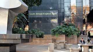 What the SARB needs to do under this situation is to set the repo rate at the level that is consistent with the stability of the exchange rate, and then embark on quantitative easing, says Christopher Malikane. Photo: Bongani Shilubane/ African News Agency (ANA)