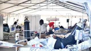 Minister of Health Dr Zweli Mkhize inspected the readiness of a tent site adjacent to the Tshwane District Hospital. Picture: Thobile Mathonsi/African News Agency(ANA)
