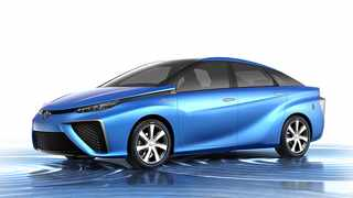 Toyota Fuel Cell Vehicle Concept previews production version due for release around 2015.