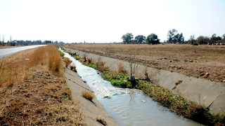 Raw sewage flows into a stormwater drain, polluting the Rietspruit in the Vaal.     Nokuthula Mbatha African News Agency (ANA)