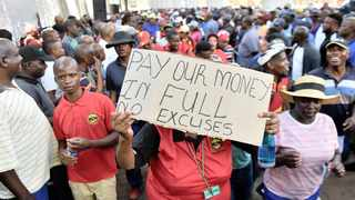 A file picture of City of Tshwane workers demonstrating outside the municipal headquarters.   Oupa Mokoena/African News Agency (ANA)