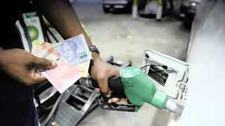 The fuel price decreased between 4 cents and 14c a litre in January, while food price inflation dipped to 3.7 percent from 3.8 percent in December. Photo: Motshwari Mofokeng/African News Agency (ANA)