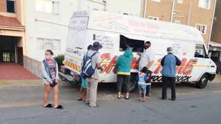 Throughout the lockdown, the ChowTime Community Food Drive has provided hot meals to many Wentworth residents.  I  SUPPLIED