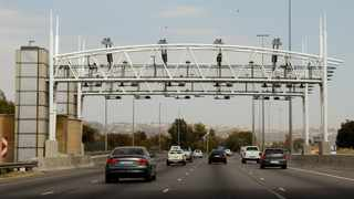 Nearly three-quarters of the money collected from e-tolling goes to the collection agency - and that's before a single cent goes towards paying for the gantries. File photo: Jeffrey Abrahams