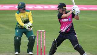 New Zealand beat South Africa to advance to the Tri-Series Final. Photo: @OfficialCSA on Twitter